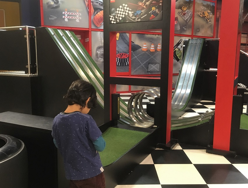 Racing Tracks at Lego Discovery Centre Berlin