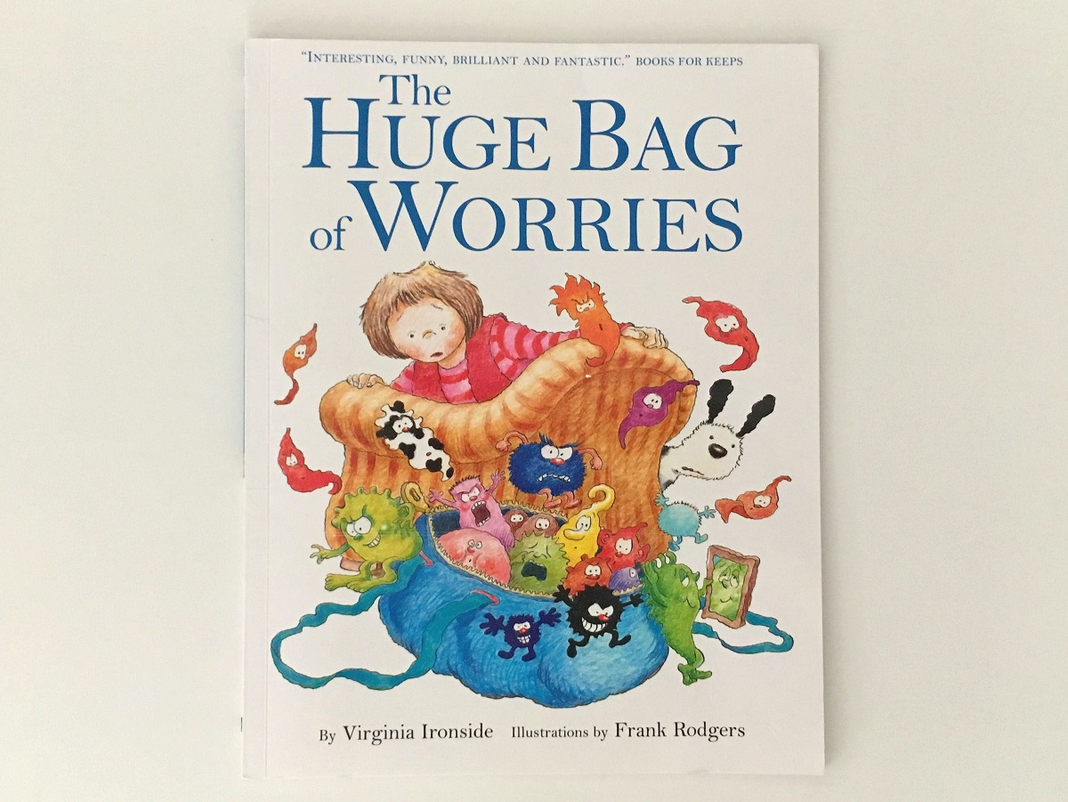 Front cover of The Huge Bag of Worries by Virginia Ironside