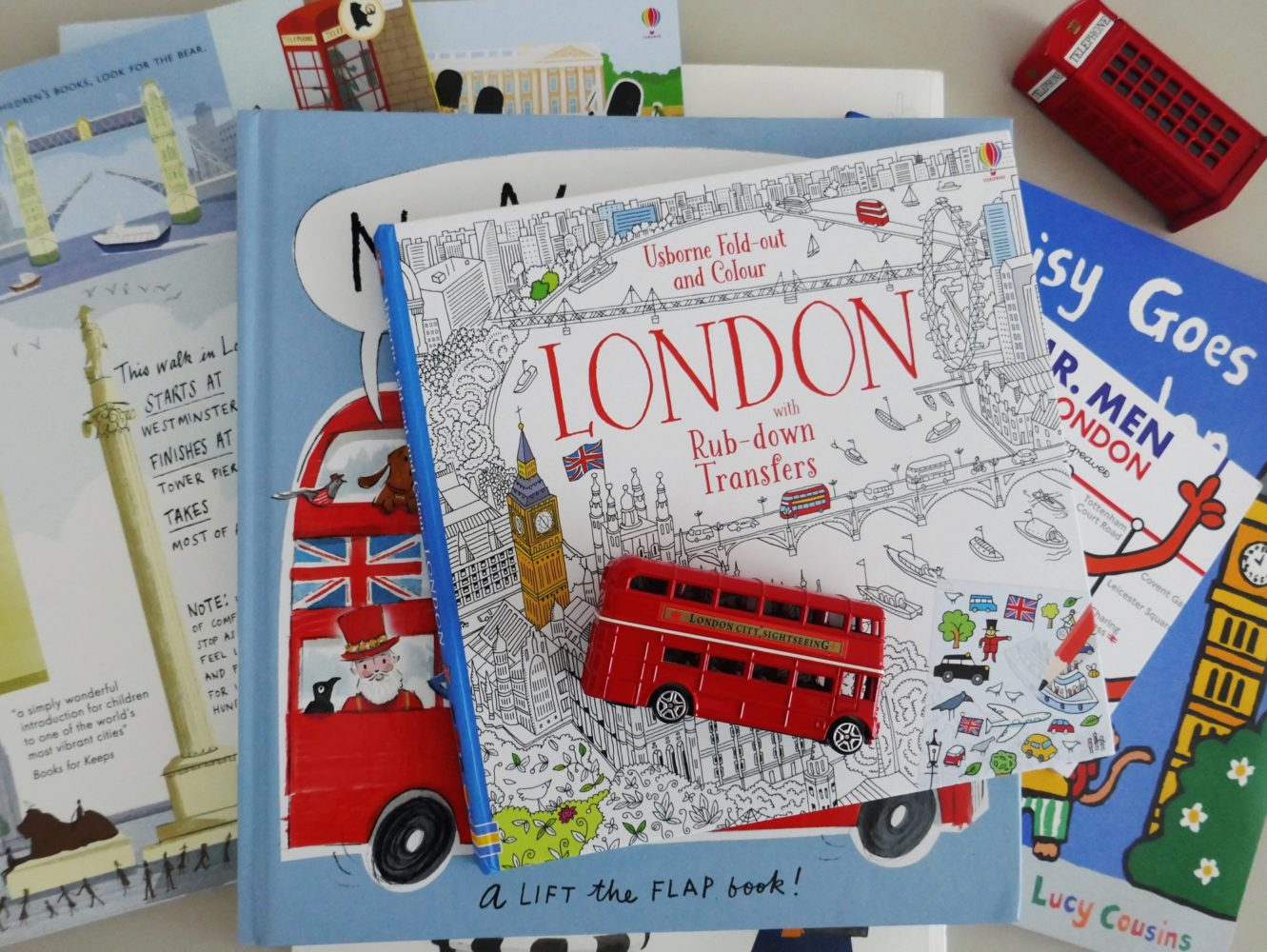 A review of London picture and activity books by The Little Adventurer
